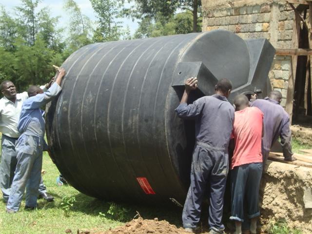 Kalamega Orphanage installing the water tank